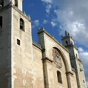 The oldest cathedral in the Americas stands in Merida's zocalo. It was the second one built, but the first one, in Mexico City, collapsed and had to be rebuilt. <a href=></a>