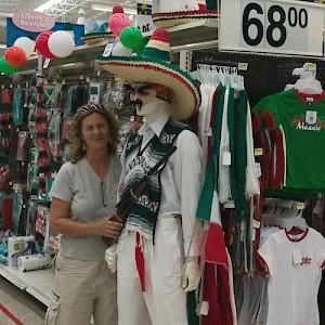 Just to prove we're still in Mexico, we searched for a sombrero-wearing, tequila-drinking, gun-toting Mexican. We found one! It's a manikin on display for the Independence Day season. <a href=></a>