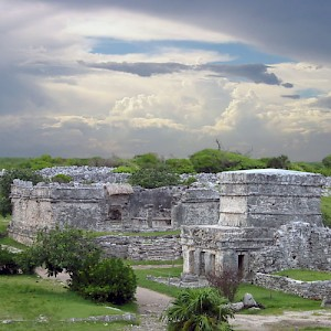 The calm before the storm at the Mayan Archaeological Site of Tulum. <a href=></a>