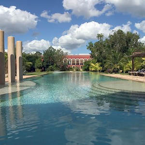 Hacienda Temozon Sur is the flagship resort of the Starwood hotel chain, part of the Luxury Collection. <a href=></a>