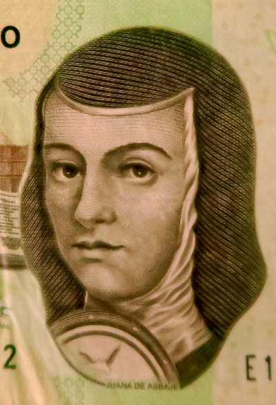 Photo of Juana de Asbai on the Mexican 200 peso note. <a href=></a>