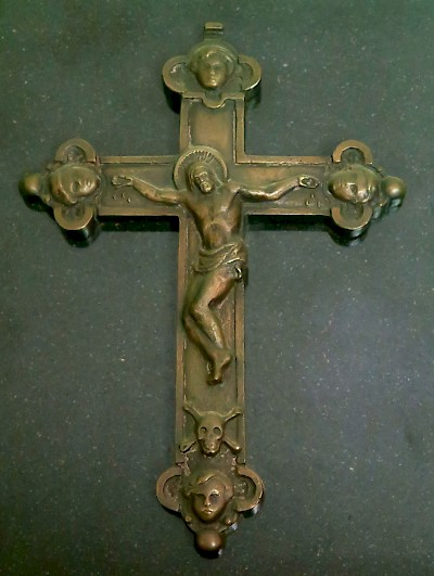 A Roman Catholic crucifix recovered from a Spanish shipwreck in the 1500s. <a href=></a>