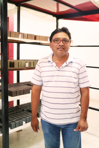 Luis Dzul runs Neem del Mayab, producing artisan soap. <a href=></a>