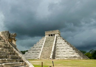 Chichen Itza in an impending storm... <a href=></a>