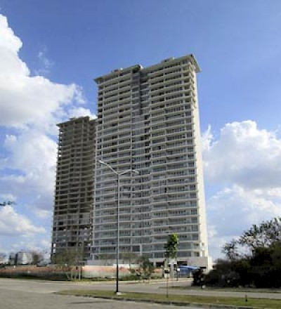 High rise in North Merida, Yucatan <a href=></a>