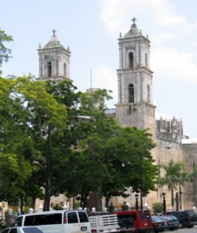 cathedral in Valladolid Yucatan <a href=></a>